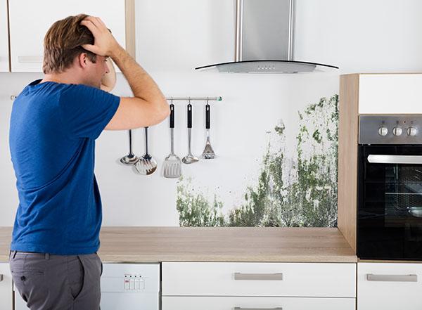 Présence d'humidité dans la maison et la cuisine