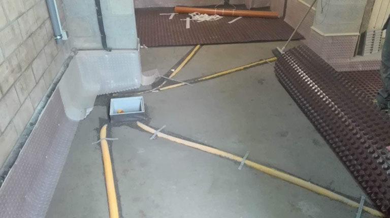 Sol et fondations humides : traitement anti-humidité par drainage