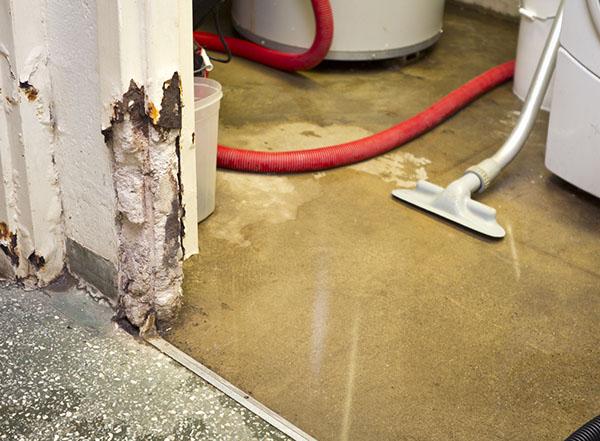 Présence d'humidité dans la maison et les fondations