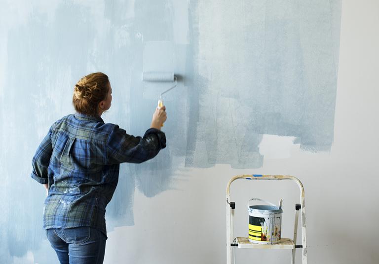 Traiter l'humidité des murs : solution anti-salpêtre