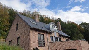 Hydrofugation d'une façade et anti-mousse pour la toiture