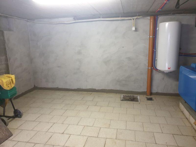 Mur enterré humide : quel traitement
